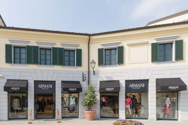 serravalle-disigner-outlet-instagraDC89F269-204B-6664-1598-50522E6D39B8.png
